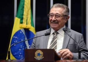 22237475 1586430334746460 627320699 n 300x212 - José Maranhão é eleito o senador mais atuante da Paraíba
