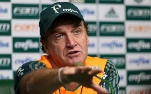 CUCA 300x187 - Cuca mantém ambição do Palmeiras pelo título: 'Não jogamos a toalha'