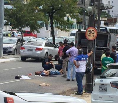 acidente 1 300x225 - Após sofrer acidente, homem é assaltado enquanto esperava atendimento