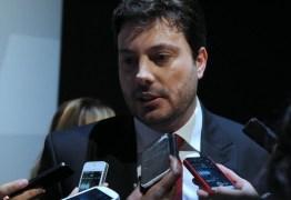 Danilo Gentili é vítima de golpe e perde R$ 1,2 milhão em projeto