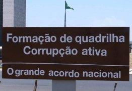 Protesto contra corrupção em Brasília adultera placa no planalto central