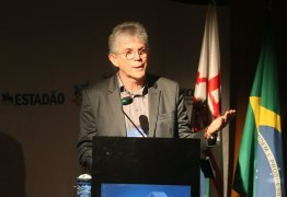 Ricardo Coutinho participa de Fórum de Moradias para Longevidade e apresenta Programa Cidade Madura