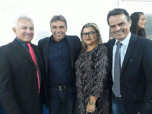D7349C0F 3992 4ECC ABD7 182A215C1FEC 620x465 - Nos 104 anos de Juazeirinho, Genival Matias comemorou o aniversário da cidade e participou de reuniões