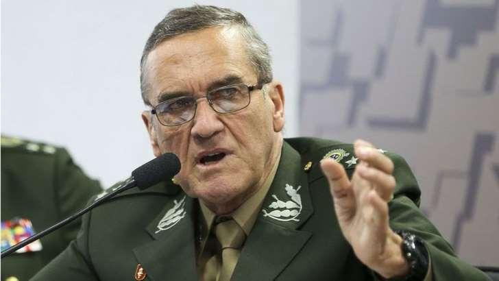 GENERAL - 'Exército é o mesmo de 1964, mas circunstâncias mudaram', diz comandante sobre pedidos de intervenção militar
