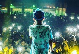 MC Doguinha canta letras obscenas ao lado de adultos desde 9 anos e, aos 12, faz até 13 shows por semana