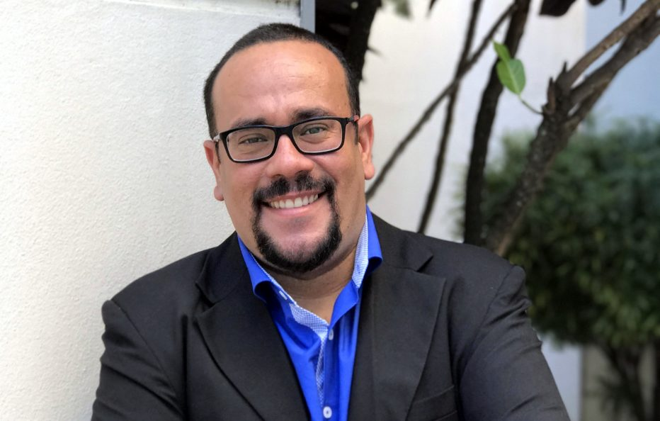 RafaelDiasSilva 14julho2017 blogVencerLimites 932x594 - Professor de Libras oferece curso Pré-vestibular e fala sobre a importância do tema da redação do ENEM 2017