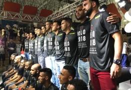 No teatro, Botafogo-PB apresenta elenco para 2018 e empolga a torcida