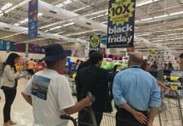 """""""Black Friday"""": Hipermercados são autuados por propaganda enganosa"""
