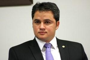 efraim filho 300x200 - Efraim Filho celebra aumento de R$ 8,5 milhões na verba para Hospital Universitário em 2018