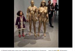 Estátua com órgãos genitais invertidos tem alvoroçado a web