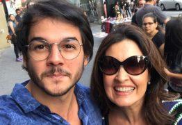 Suposto namorado de Fátima Bernardes chamou Globo de 'golpista'