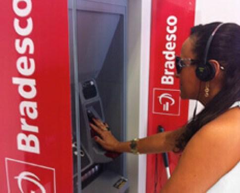 img saque facil bradesco - Bradesco oferece atendimento especial para pessoas com deficiência