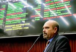 Jeová Campos fará tratamento de rouquidão sem tirar licença da Assembleia