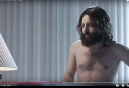 Polêmica -Porta dos Fundos mostra Jesus interessado em pornografia e sexo a três – VEJA VÍDEO