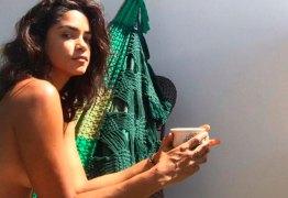 Lucy Alves, a Eunice de 'Tempo de Amar', mostra seu lado sexy em show