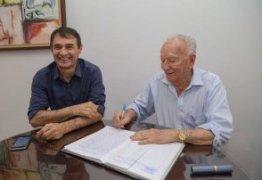 OUÇA – Romero Rodrigues entra de licença e diz que até janeiro decide se irá concorrer ao governo do Estado