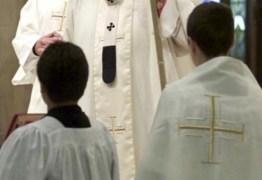 Vaticano investiga supostas relações homossexuais entre menores do pré-seminário