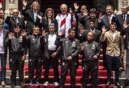 Peru pode ficar fora da Copa de 2018; Itália e Chile ficam de olho em vaga