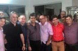 Luciano Cartaxo se reúne com prefeitos do Sertão e é tratado como governador