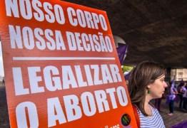 Discussão sobre aborto atrasa PEC que estende licença a mães de prematuros