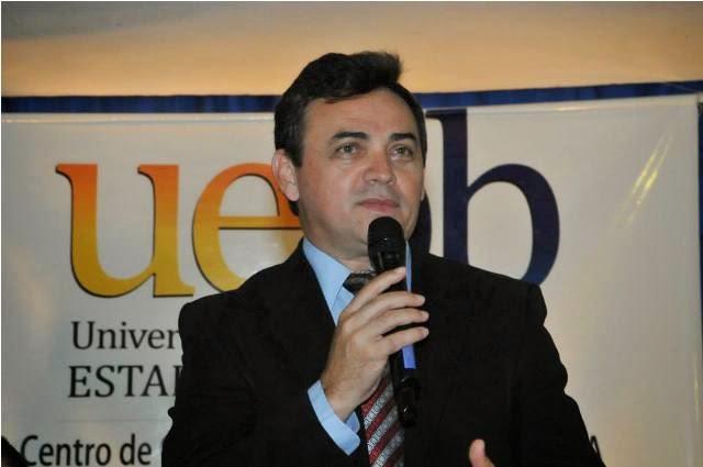 Reitor Rangel Junior1 - OUÇA: Na Arapuan, reitor da UEPB confessa publicamente 'calote' de R$ 5 milhões na PBPrev