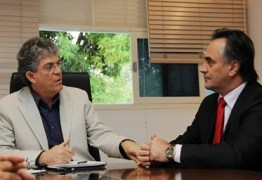 Ricardo Coutinho desafia Cartaxo a participar de encontro com Grupo Ferreira Costa; OUÇA