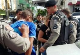 Passageiros reagem a assalto em ônibus e ladrão é preso em João Pessoa