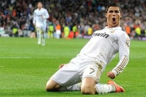 cr7 1 300x200 - Cristiano Ronaldo treina com o grupo e deve defender o Real no clássico