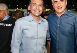 Luciano Cartaxo prestigia abertura do Natal de Santa Rita com Emerson Panta e Ruy Carneiro
