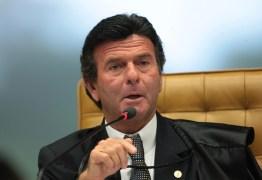 Luiz Fux se diz impossibilitado de relatar ação contra o voto impresso