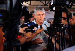 Ricardo autoriza obra em rodovia e inaugura Cidade Madura em Sousa