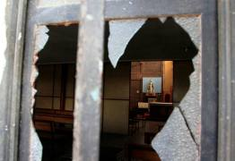 Igrejas católicas em Santiago sofrem ataques antes de visita do papa
