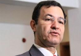 Adalberto Fulgêncio diz que 'a aposição não coloca o nome de Cartaxo para disputar o governo se não quiser'