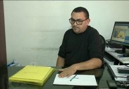 Prefeito de Desterro não dá expediente há um ano e primo assume Prefeitura