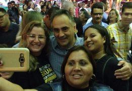 Luciano Cartaxo participa dos festejos de São Pedro em Cabedelo e1516455172484 - É PRA PERDER ?: O bloco de oposição está rifando o candidato Cartaxo (o favorito na vontade popular) - Por Nonato Guedes