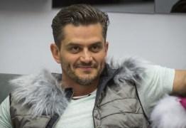 Marcos Harter surge no SBT após passar por Globo e Record