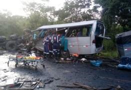 SOBE PARA TREZE MORTOS: Paraibanos de Catolé do Rocha morrem em grave acidente com sete veículos em rodovia de Minas – VEJA MAIS FOTOS