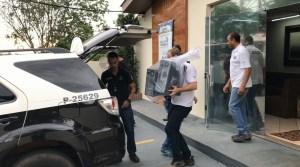 apreende1 300x167 - Operação prende suspeitos de fraudes judiciais de R$ 100 milhões
