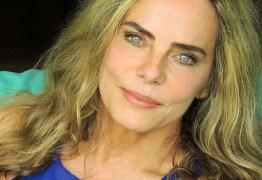 Bruna Lombardi arrasa em foto de biquíni aos 66 anos