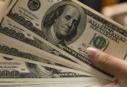 Cenário eleitoral deve manter dólar no patamar de R$ 4
