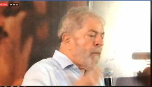 lula 3 300x171 - Se impedido, Lula diz que PT tem que ser capaz de se manter na disputa