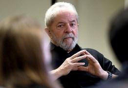 """Lula: """"Quanto mais me perseguem, mais subo nas pesquisas"""""""