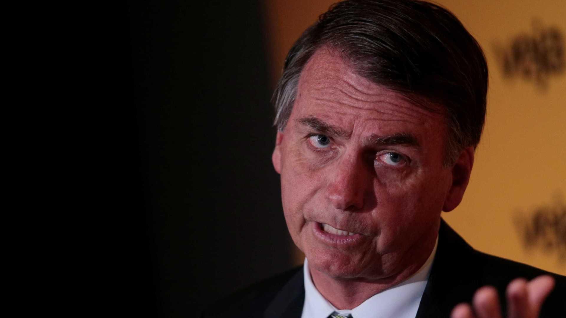 naom 5a33f701edc81 - Bolsonaro diz que só abandona candidatura se for morto