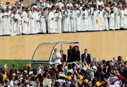 Papa Francisco diz sentir 'dor e vergonha' por abusos sexuais da Igreja