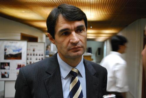 romero rodrigues - Indeciso sobre futuro Romero contrata pesquisa para saber se topa disputar o Governo estadual