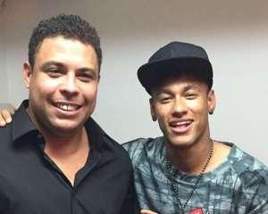 ronaldoneymarpoquerpoker2015reproducaoinstagram 300x240 - Ronaldo afirma que Neymar deu passo para trás ao ir para PSG