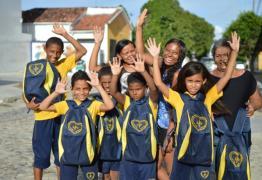 LBV entrega kits pedagógicos para famílias de João Pessoa, CG e Alagoa Grande