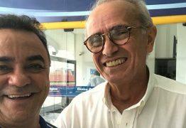 Cícero Lucena é flagrado em instituto de pesquisa e diz: 'O jogo está zerado na sucessãoda Paraíba e do Brasil'