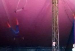 'Homem-Aranha' cai durante apresentação de trapézio em circo – VEJA VÍDEO DA QUEDA