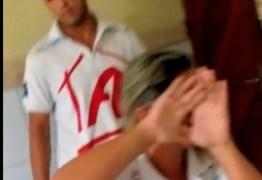 VEJA VÍDEO: mulher flagra marido em motel com amante em Sousa
